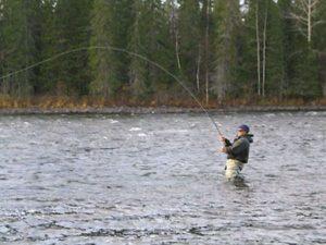 Нахлыст - что это такое и какие снасти нужны для рыбалки этим способом