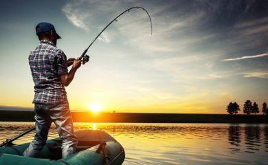 Рыбалка с лодки. Особенности ловли рыбы с лодки